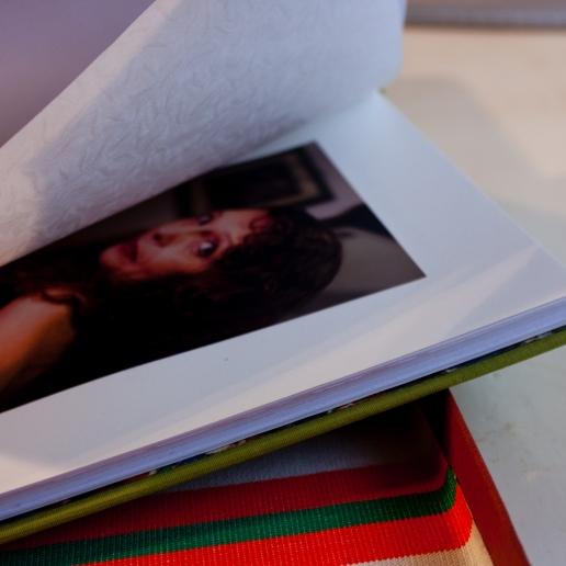 Foto interior con papel protector